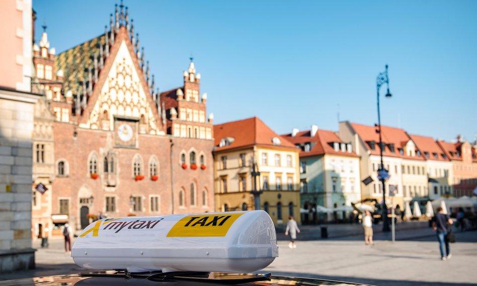 Do Wrocławia trafiło mytaxi. Kusi promocjami