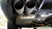 Włochy ograniczają ruch aut  ze starymi silnikami Diesla w Lombardii