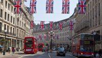 Wielka Brytania przyspieszy zakaz sprzedaży aut spalinowych i hybryd