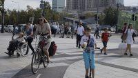 Miłośnicy e-pojazdów będą traktowani jak rowerzyści