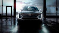 Cadillac przestawia się na samochody elektryczne