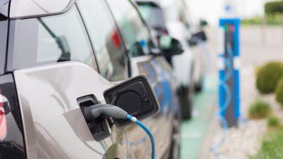 W lutym o 68 proc. wzrosła sprzedaż aut elektrycznych