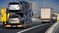 Niemcy chętnie sprzedają do Polski uszkodzone samochody