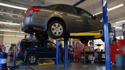 Silniki, filtry cząstek stałych i paski rozrządu do naprawy. Dwanaście modeli aut z usterkami