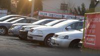 Import używanych aut rośnie. Oto liderzy komisów w lutym