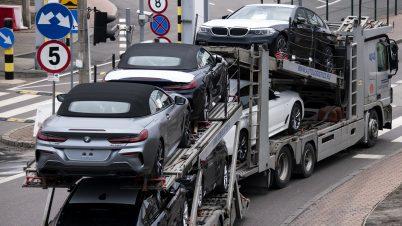 100 tys. pojazdów sprowadzonych z zagranicy. Wśród zarejestrowanych porsche i ciągniki