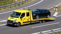 W marcu do Polski sprowadzono o 73,6 proc. więcej używanych aut. Raport Samar