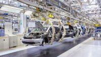 Produkcja aut w Polsce w dół o ponad 30 proc.