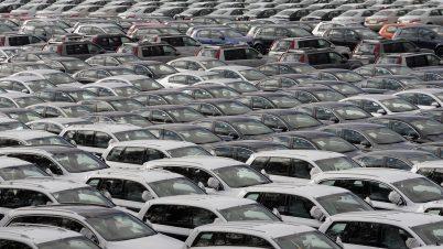 Sprzedaż nowych aut w Polsce nabiera rozpędu