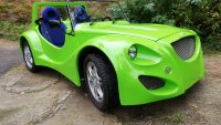 W Pradze zaprezentowano samochód elektryczny dla 15-latków