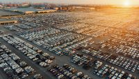 Sprzedaż nowych aut w Polsce odbija, ale 500 tys. nie pęknie. Najpopularniejsze modele listopada