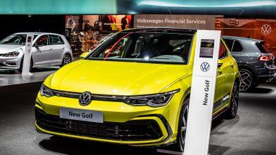 Jak długo trzeba pracować na nowego golfa? Polacy w ogonie Europy