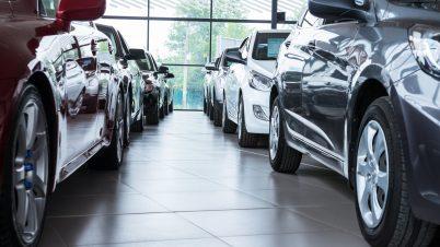 Ekspert: Samochody będziemy kupować w internecie, a w salonach będą serwisowane