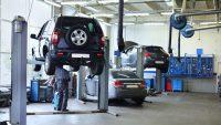 Ponad 200 tys. aut z usterkami w Polsce. Dominują trzy marki