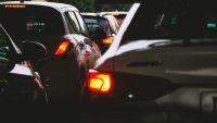 Wyższe kary, droższe auta, niższa akcyza i nowe przepisy. Lista zmian dla kierowców na 2021 rok
