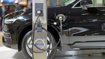 Volvo od 2030 r. tylko na prąd. Sprzedaż przeniesie do internetu