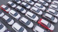 Sprzedaż nowych aut wystrzeliła, ale gorzej być nie mogło. Ranking modeli marca