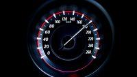 Renault i Dacia ograniczą prędkość w nowych autach