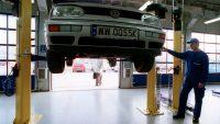 Problemy z hamulcami w popularnych modelach. Volkswageny, skody, ople i spółka wzywane do serwisów