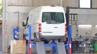 Kilkanaście tysięcy wadliwych aut dostawczych i vanów