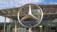 Daimler redukuje załogę. Daje nawet 400 tys. euro odprawy